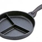 三色丼もラクラク調理OK♪仕切り付きのエコで便利なフライパン